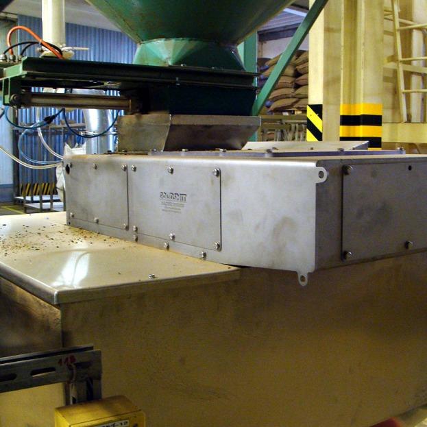 Separator metali w fabryce kawy